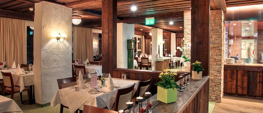 Switzerland_Graubünden-Ski-Region_Arosa-Lenzerheide_Hotel_Sunstar_Alpine_resturant.jpg